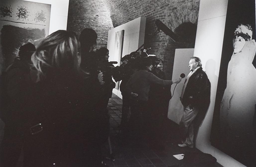 Interview of Jerzy Skolimowski at his exhibition at the Tour 46